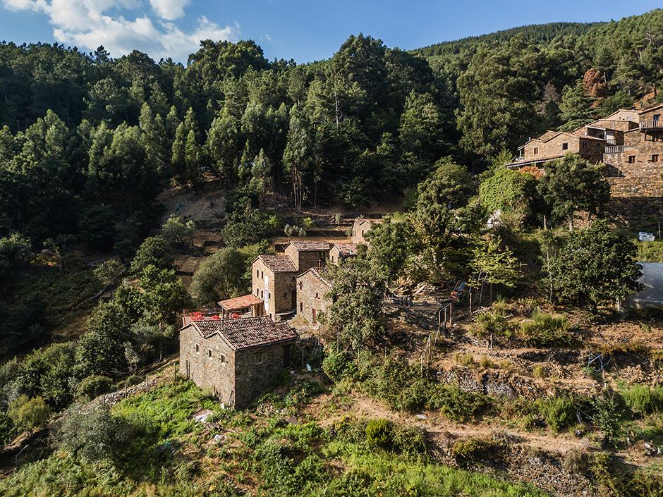 Cerdeira Village   Aldeia de Xisto   2018 - Serra da Lousã, Pt - fotografia de interiores e arquitectura   interiors and architectural photography